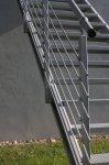 Pozinkovaná bočnica podesty MARBLE 1 m - ľavá